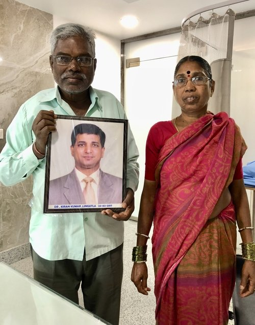 Patients Humble reciprocation for Spine Surgeon Dr Kiran Kumar Lingutla|Dr.Kiran Kumar Lingutla|Somajiguda,Hyderabad